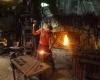 Schmied-Sepp-Eybl-arbeitet-mit-500-Jahre-alten-Maschinen-©Wolfgang-Muhr
